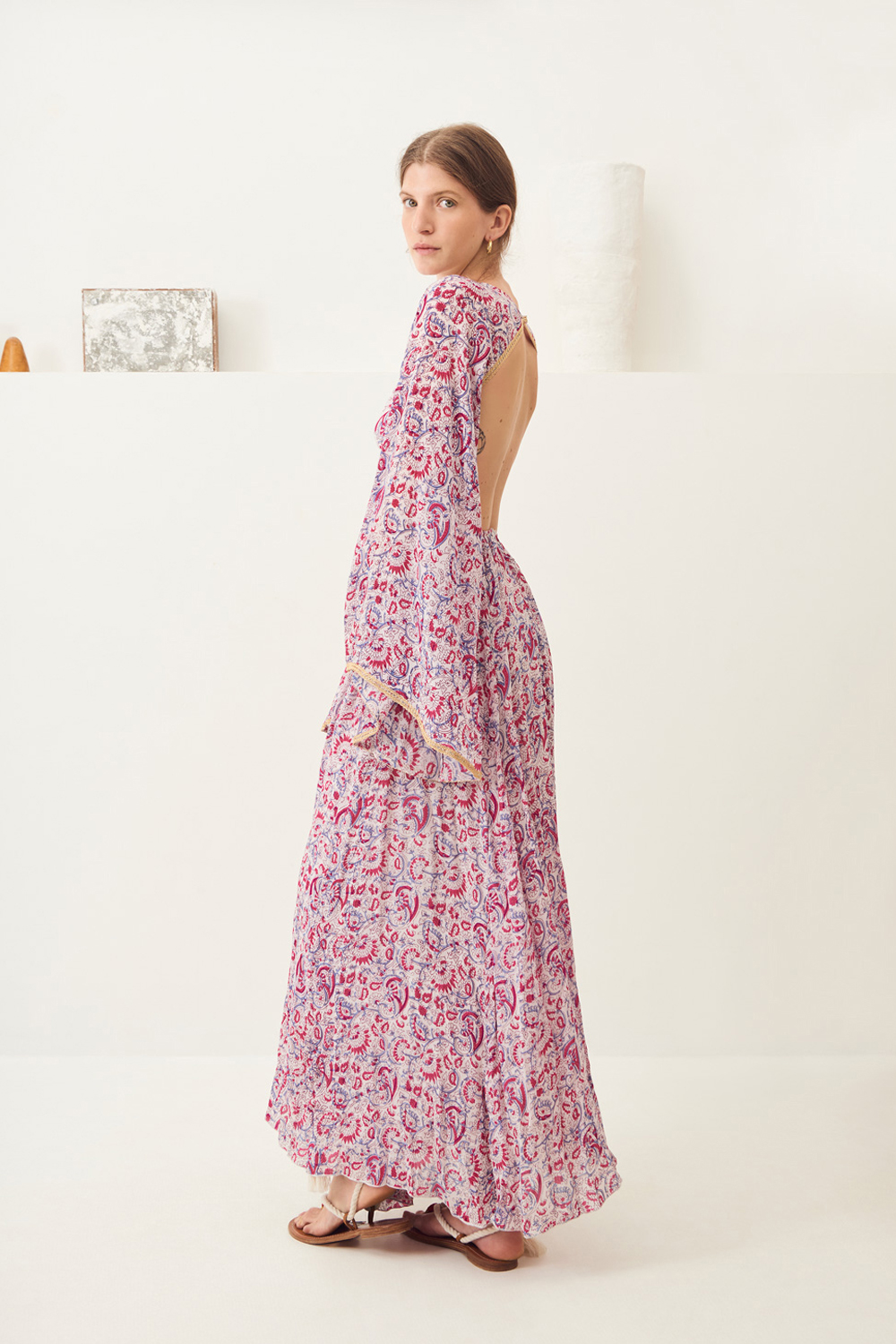 Maxi-robe dos-nu imprimée Cherie - Rose - Antik Batik (photo)