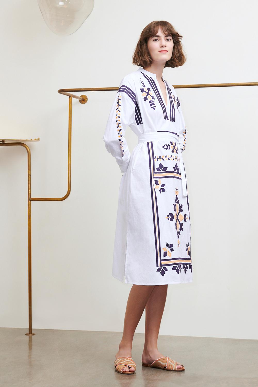Robe Anika blanche - Antik Batik (photo)