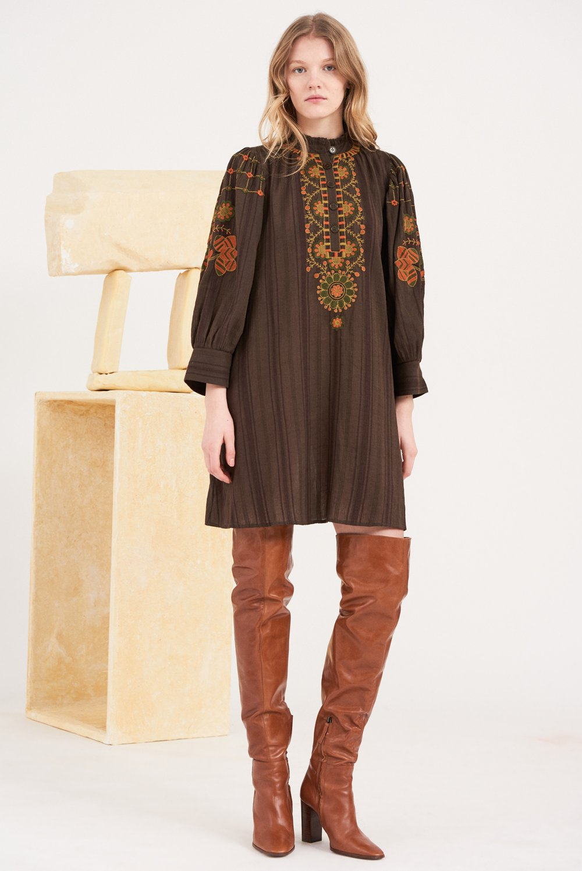 Robe courte brodée Cami - Marron - Antik Batik (photo)
