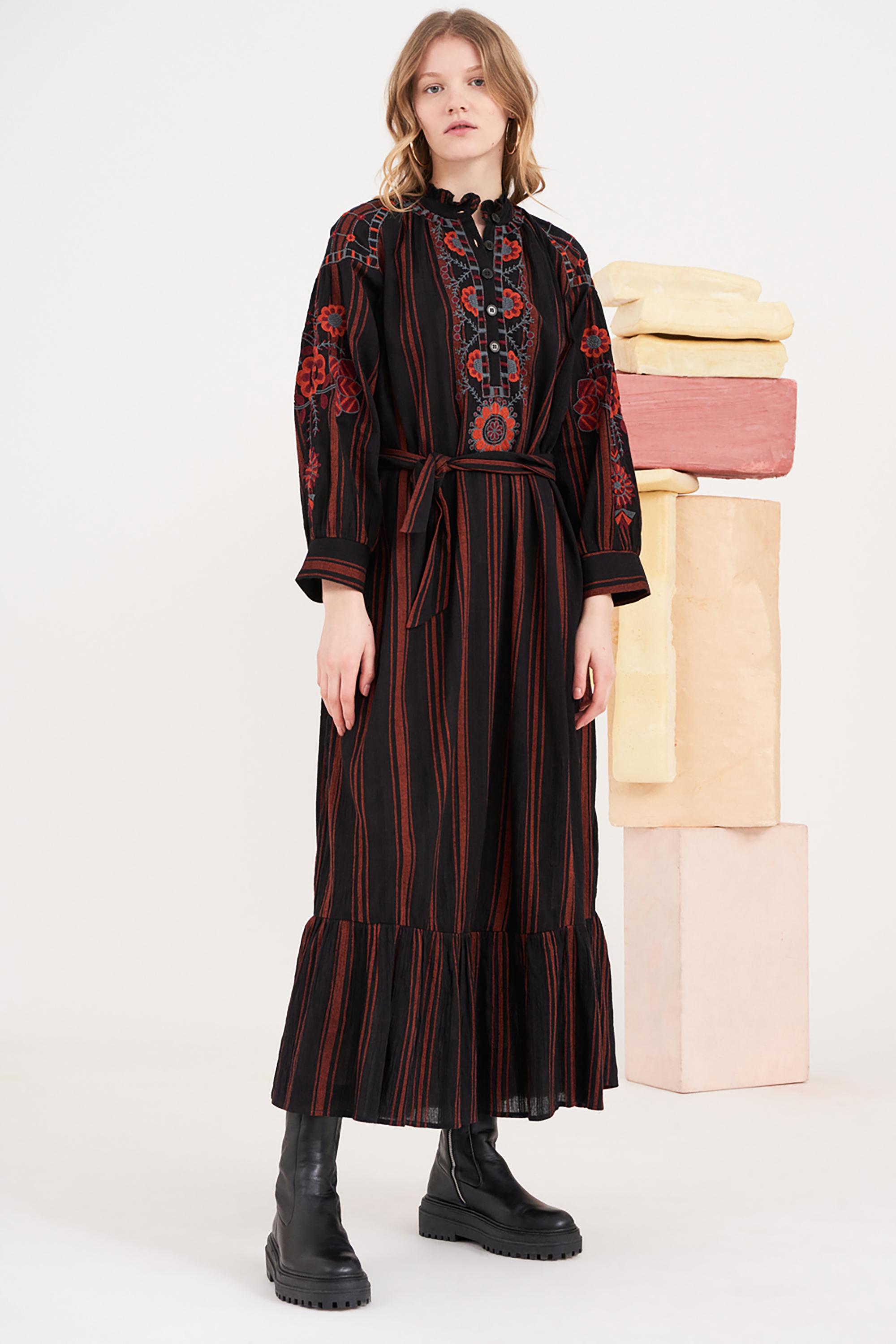 Robe longue brodée Cami - Noir - Antik Batik (photo)